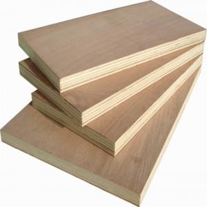 medienos frezavimas